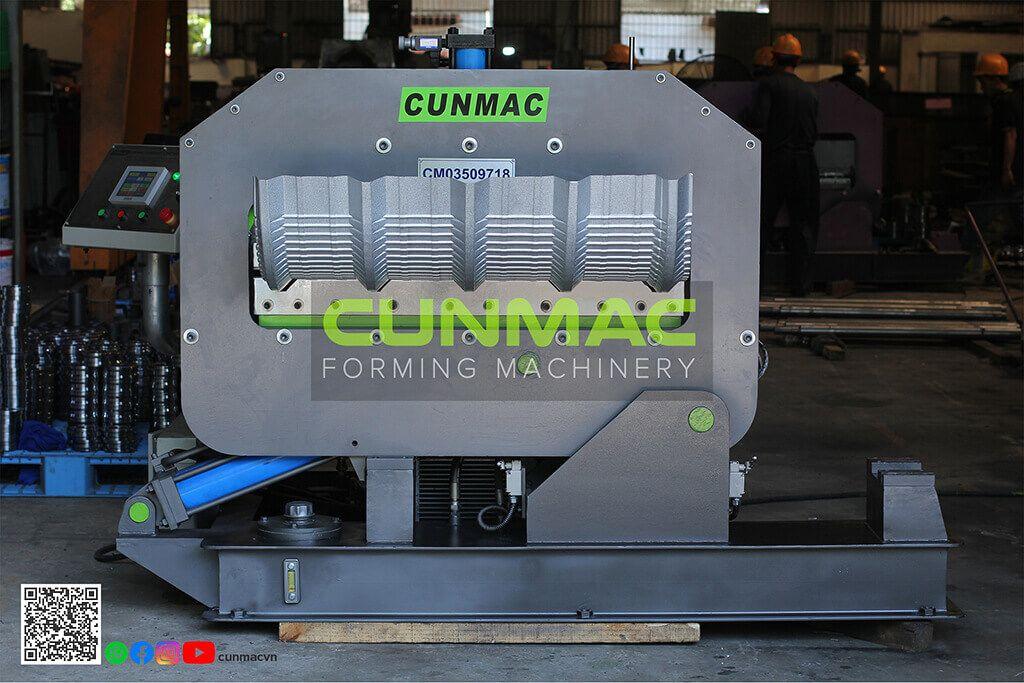 crimp-curve roll forming machine