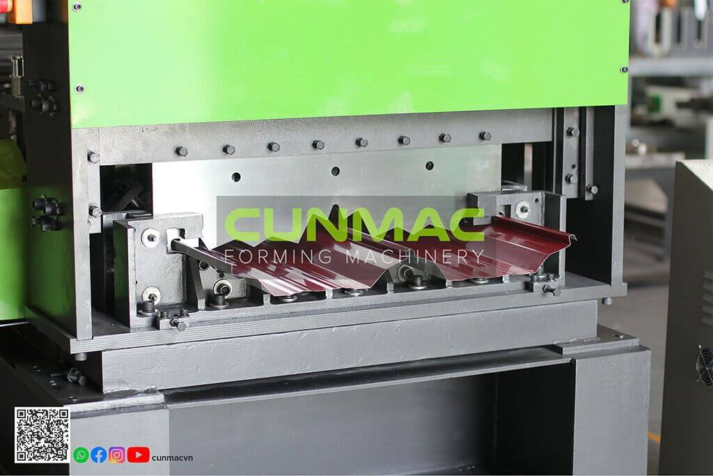 seamlock machine, seamlok, lokseam, lockseam, bottleless machine, bottyleless profile